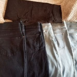 LEVI'S PULL ON JEANS 6 PAIR SIZE 12